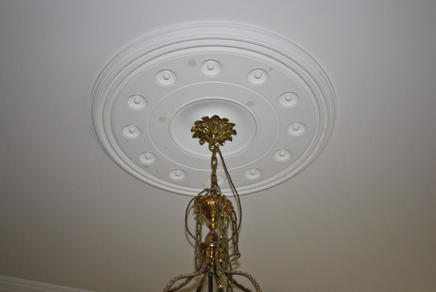 ceiling rose 1