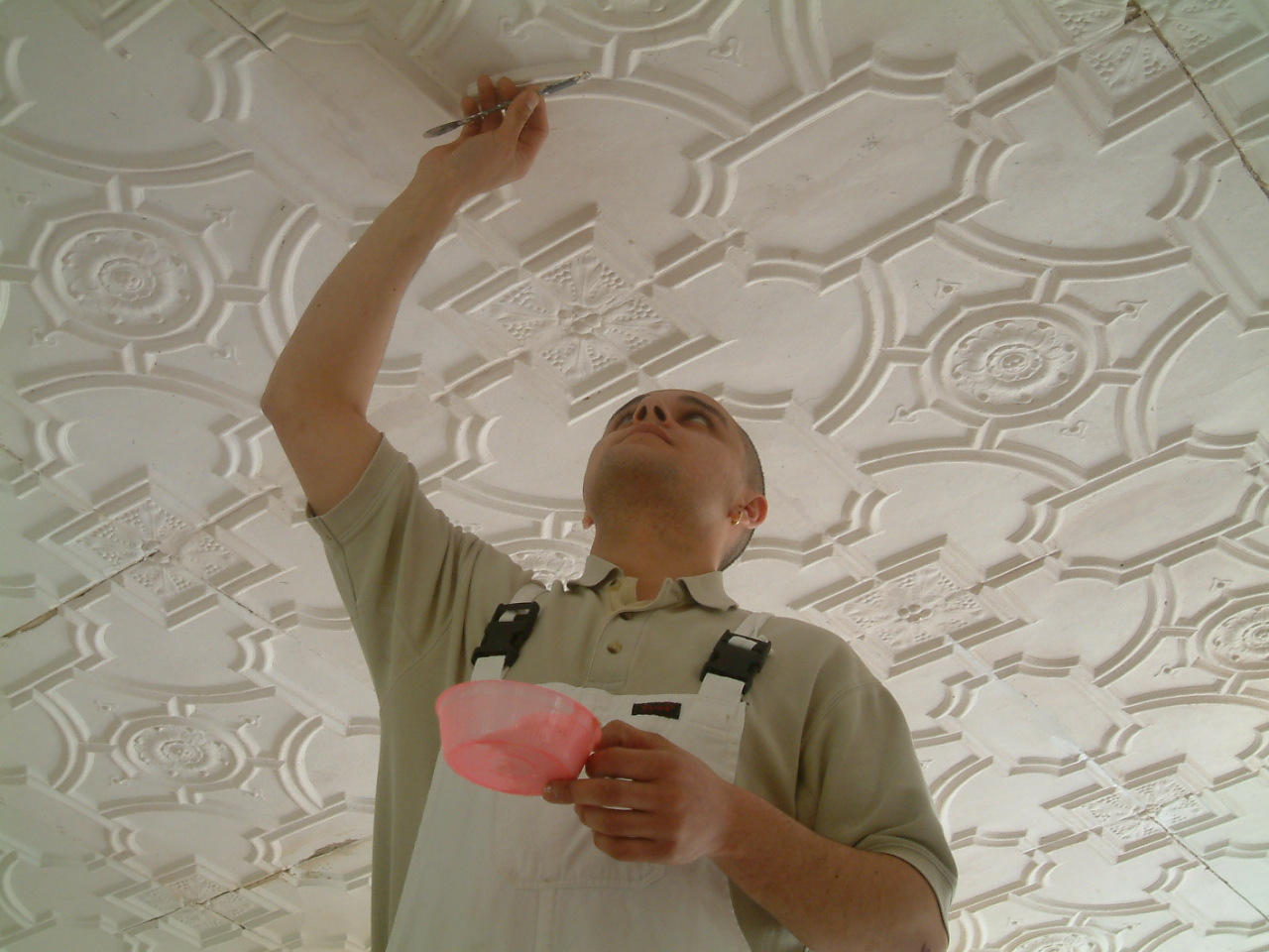 making good plaster tiles