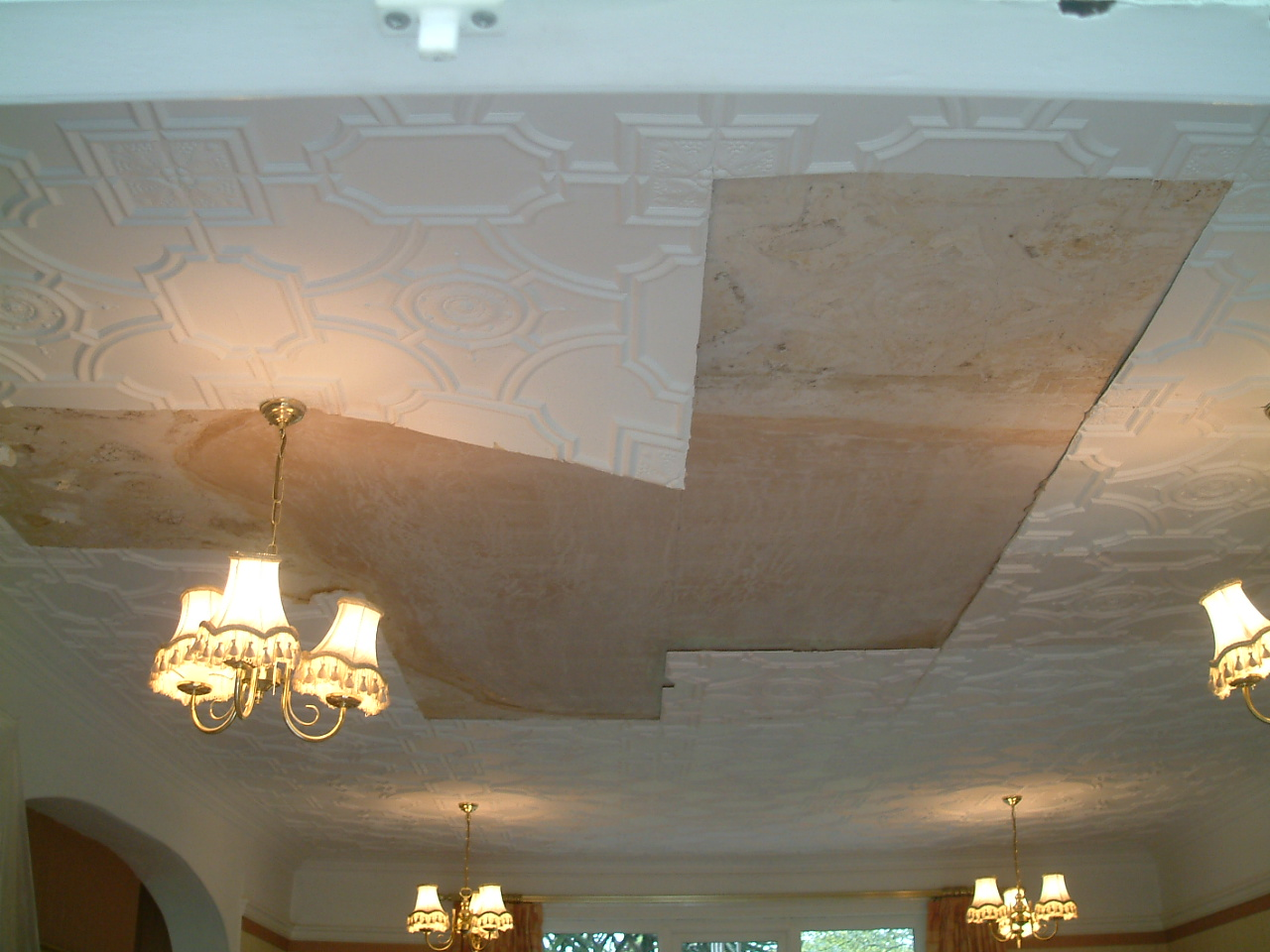 repaired cieling afer flood damage
